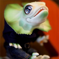 Bono lizard green - Reptile Doll