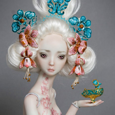 Golden Lilly - Enchanted Doll